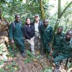 JGI-A GF mit Rangern des Kibale Snare Removal Projects / Kibale Forest NP / Feb.2016 / (c)DorisSchreyvogel
